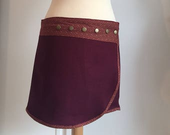 Skirt portfolio Sayagata red & Burgundy
