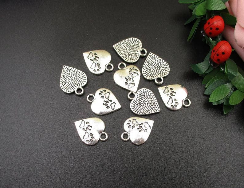 10Pcs 13x17mm Silver Heart Charms With Double Footprints-p1737