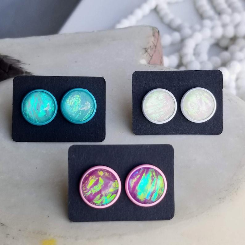 12mm Flashy Resin Stud Earrings Post Earring Boho Earring Statement Earrrings White Earrings Blue Earrings Acrylic Stud Earrings Round Studs