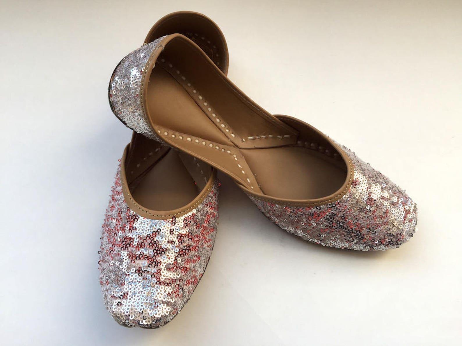 women silver sequins ballet flats, red sequins shoes from enhara, wedding shoes, women shoes, bridal ballet flats, sequins glitt