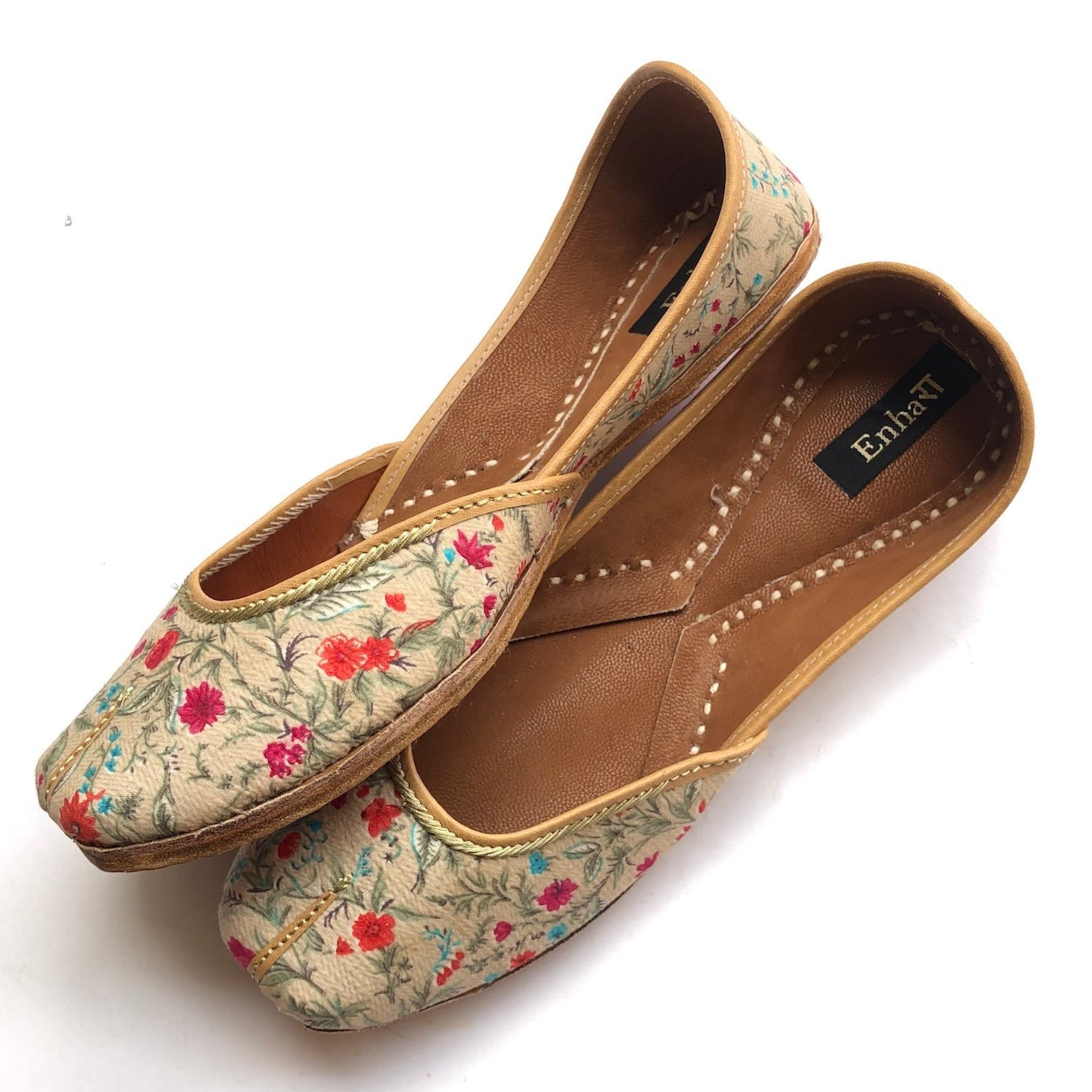 pink and white floral shoes for women, flat shoes, slip on shoes, indian shoes, ballet shoes, handmade designer shoes/juttis or