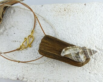 NORDERNEY two-colored DRIFTWOOD NECKLACE with sea shell, upcycled statement necklace, eco fashion jewelry, free shipping unique gift for her