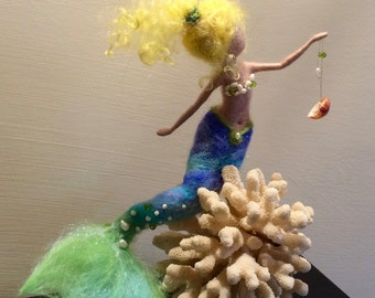 Needle felted mermaid, Waldorf inspired, Wool felted doll, Fairy, Art doll, Sea mermaid, Children room, Home decor, Gift, Mobile