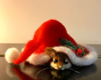 Needle felted mouse, Needle felted animals, Needle Felted Mice, Christmas ornament, Christmas mouse, children room, gift, Mouse and red cap