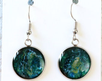 Hand-painted earring