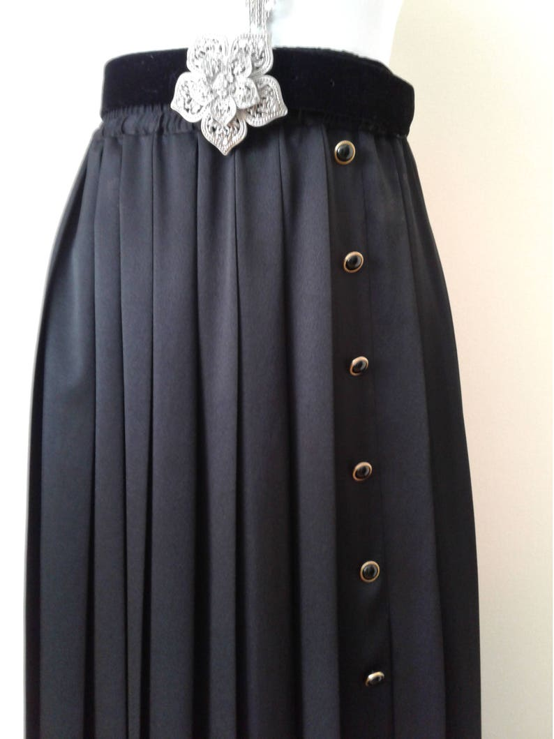 7ad1f2ce43 Pleated Black Maxi Skirt with Matching Jacket Vintage Skirt