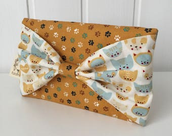 Clutch bag, mobile phone case, phone case, smartphone case, phone holder, mobile phone, smartphone holder, bow, cats