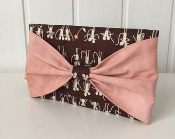 Clutch bag, mobile phone case, phone case, smartphone case, phone holder, mobile phone, smartphone holder, mice, bow
