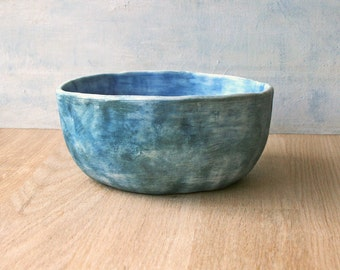 Handmade ceramic bowl in stonewashed blue, suitable for cacti/succulent plants or for use as a side dish for nibbles