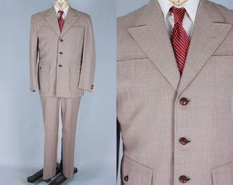 6e01a3df9c25 1950s Men s Western Suit   Vintage 50s Beige Suit with Light Orange Fleck  on Taupe Wool with Top Stitching   Pleated Yoke   Size 40 Medium