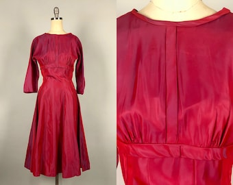dfa47ad3d9 1950s Iridescent Silk Taffeta Dress