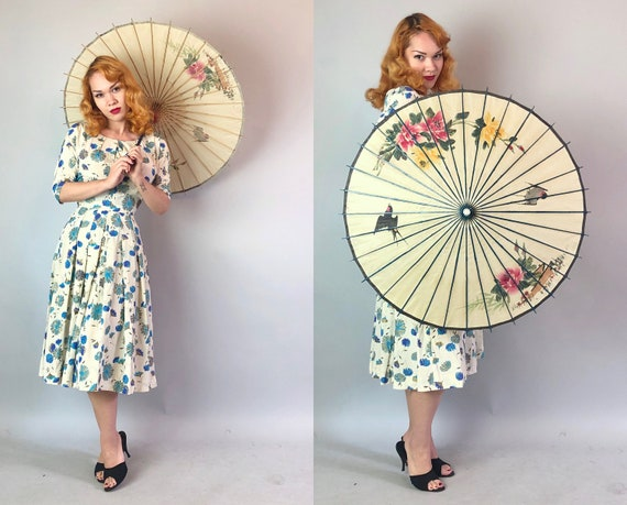 1950s Hand-Painted Parasol | Vintage 50s Ivory Bone Off White Paper and Wood Asian Themed Sun Umbrella with Yellow and Red Roses and Birds