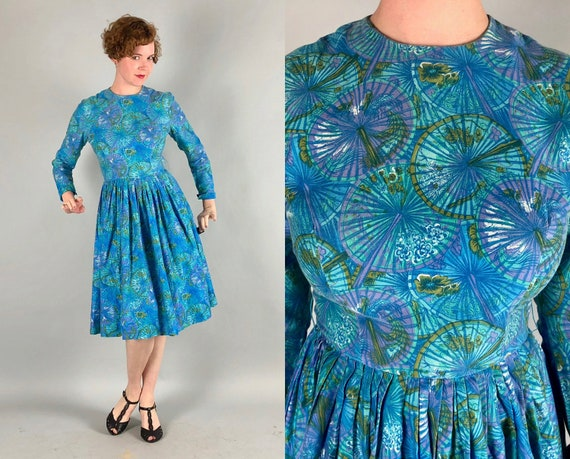 1950s 1960s Impressionistic Novelty Print Dress | Vintage 50s 60s Hues of Blue Asian Parasol Cotton Long Sleeve Day Dress | Small Medium