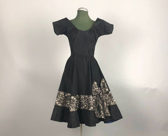 Vintage 1950s Dress | 50s Rayon Taffeta Cocktail Party Dress LBD with Black-on-White Lace Appliqué Bow Detail by 'Rappi' | Extra Small XS