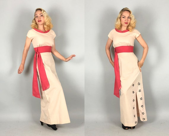 Vintage 1950s Dress | 50s Hawaiian Cream Pale Shell Pink Tiki Empire Gown w/Coral Sash Obi Belt & Painted Black Flowers | Extra Small XS