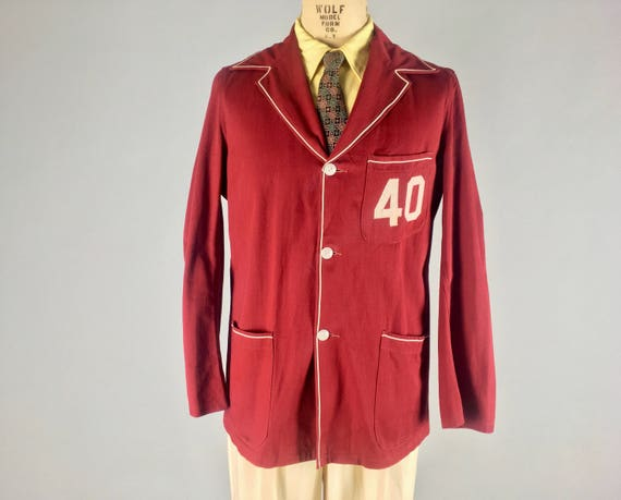 Vintage 1940s Men's Jacket | 40s Cardinal Red Twill Three-Button Sport Coat Blazer with Cream Corded Trim and Large Appliqué '40' | Medium