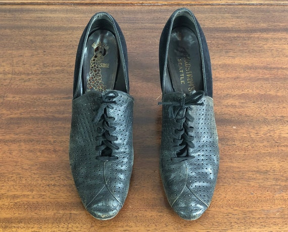 "Vintage 1930s Womens Shoes | 30s Black Thick Heeled ""Peacock Shoes"" ""Nordstrom's"" Perforated Leather and Suede Lace up Oxfords 