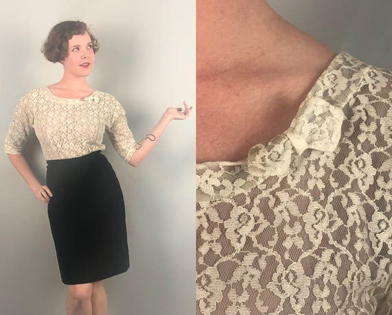 """Vintage 1950s Blouse   50s Off White Floral Lace Illusion Fitted Side Zip Shirt with Petite Bow and V Back """"Lee Mar"""" Formal Top   Medium"""