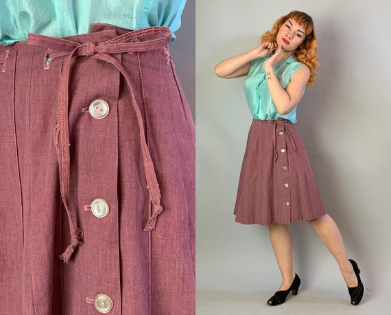 1950s Plum Dandy Skirt | Vintage 50s Purple Chambray Cotton A-Line Skirt w/Top Stitching Tie Belt and Functional Cat Eye Button Side | Small