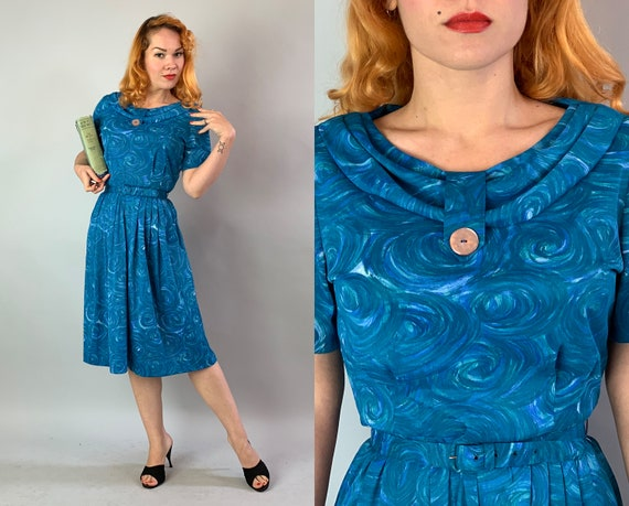 1950s Artistic Alice Day Dress | Vintage 50s Blue and White Swirling Impressionism Print Rayon Jersey Dress w/Matching Belt & Pocket| Medium