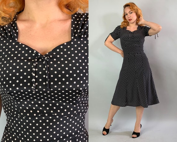1940s Pinup Perfect Dress | Vintage 40s Classic Black and White Rayon Day to Evening Polka Dot Dress with Sweetheart Neckline | Small