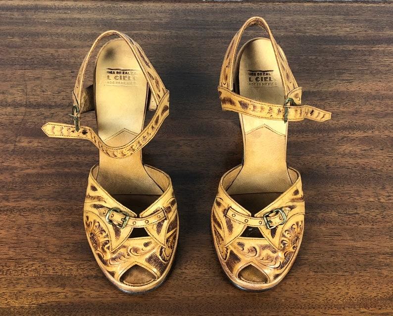 53010651687a3 1940s Tooled Leather Platform Shoes Vintage 40s  El