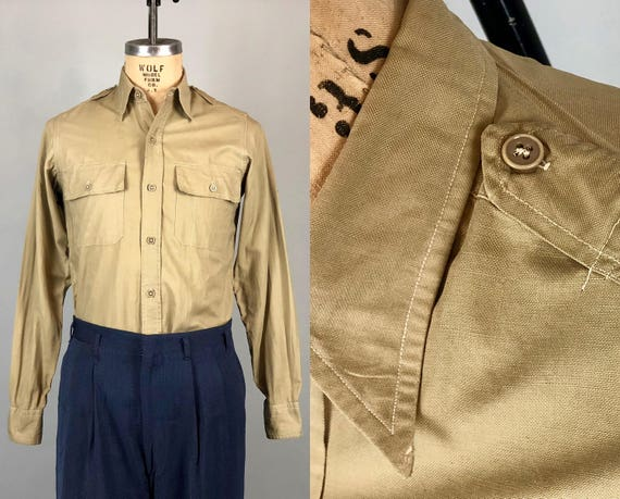 Vintage 1930s Mens Shirt | 30s WWII Olive Tan Army Military Officers Uniform Shirt w/Spearpoint Collar & Shoulder Epaulets | Size 15 Medium
