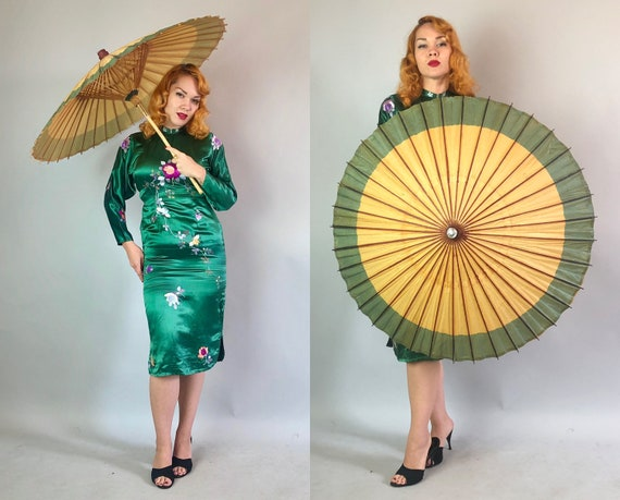 Vintage 1930s Parasol | 30s Toffee Brown and Wheat Yellow with Forest Green Stripe Paper and Wood Sun Umbrella with a Bamboo Wooden Handle