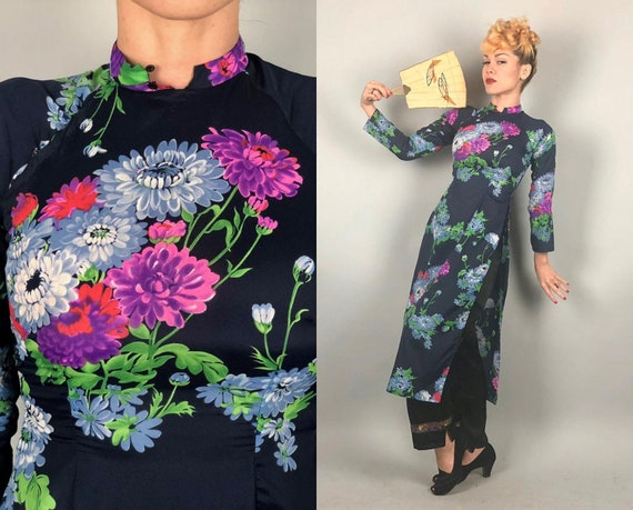 1960s Cheongsam Tea Timer | Vintage 60s Navy Blue QiPoa OverDress Lounge Coat w/ Blue Red Green & Purple Flowers | Extra Small XS
