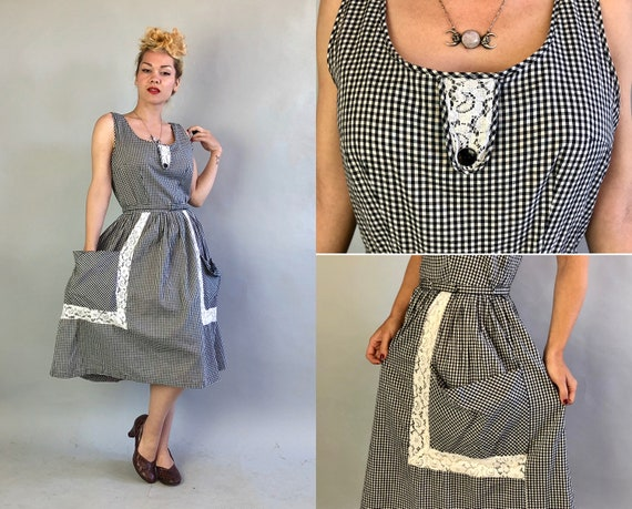 1940s Gingham Sundress | Vintage 40s Black and White Cotton Sleeveless Summer Frock with Lace Insets and Large Pockets | Medium Large