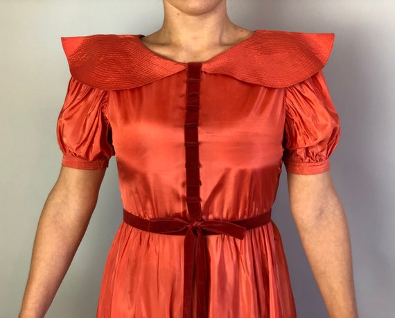 1930s Coral Silk Taffeta Evening Gown | Vintage 3… - image 5