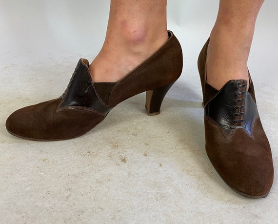1930s Deco Darling Slip on Shoes | Vintage 30s Brown Suede and Leather High Heel Faux Lace Up Oxfords with Leather Soles | Size 7