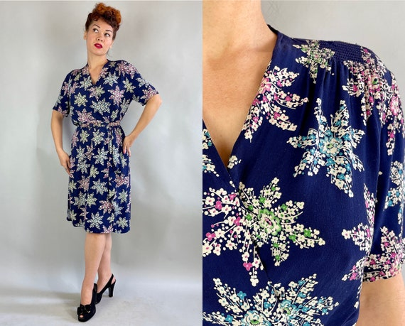 1940s Floral Snowflake Frock   Vintage 40s Navy Blue Rayon Crepe Dress w/Star Shaped Pink Green White Flower Bouquet Print   Extra Large XL
