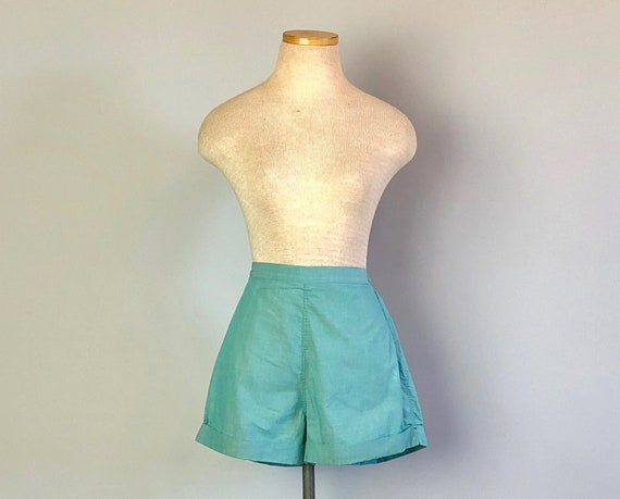 Vintage 1950s Shorts | 50s Pinup Handmade High-Waist Turquoise Lightweight Cotton Linen Shorts with Metal Side Zipper | XS/Small/Medium