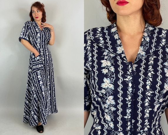 1940s Happy Hostess Dress | Vintage 40s Blue and White Floral Seersucker Cotton Zip Front Dressing Gown Robe | Small Medium Large