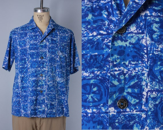1950s 1960s Men's Hawaiian Shirt | Vintage 50s 60s Great Blue and White Pattern Cotton Tiki Shirt With Top Loop and Coin Buttons | Large