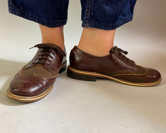 1960s Two Tone Menswear Inspired Oxfords | Vintage 60s Walnut and Chestnut Brown Lace Up Leather Wingtip Shoes NOS | US Size 7.5