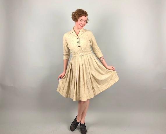 1950s Flecked Frock | Vintage 50s Winter Cream White & Brown/Maroon Flecks Wool Shirtwaist Dress w/ Self Belt and Fab Buttons | Small Medium