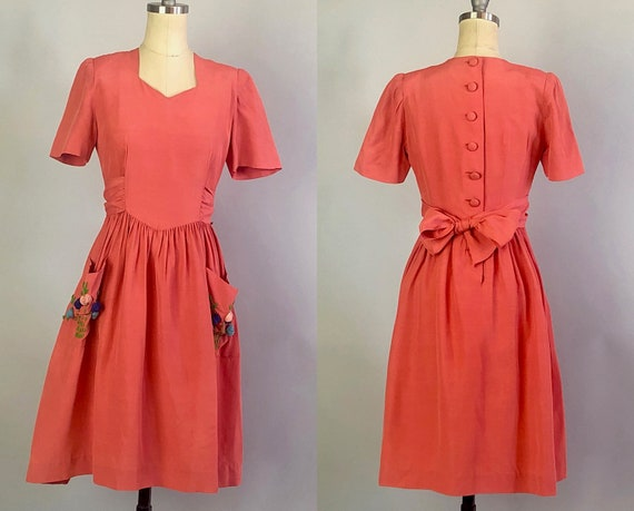 1930s Dusty Rose Garden Day Dress | Vintage 30s Pink Party Button Back Dress with Sewn on Sash and Two Huge Usable Pockets! | XS Extra Small