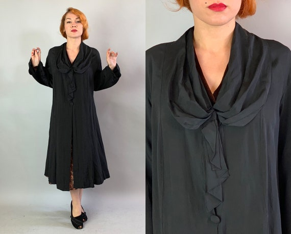 1920s Fabulous Flapper Frock Coat   Vintage 20s Inky Black Rayon Lightweight Duster Jacket with Gathered Collar and Art Deco Seaming   Large