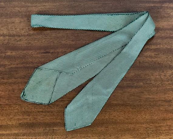 1930s Tri-Tone Necktie | Vintage 30s Micro Houndstooth Weave Silk Necktie in Emerald Green, Black, and Cream Ivory White