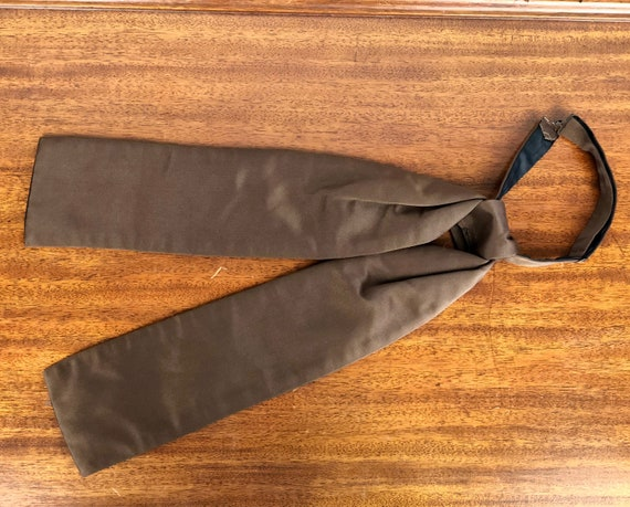 1960s Satin Ascot | Vintage 60s Does Edwardian Adjustable Clip On Milk Chocolate Brown Silky Cravat Ascot Tie