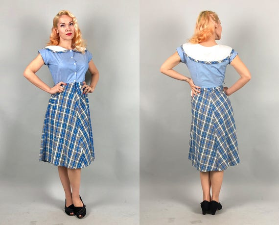 1930s Cute Wide Collar Day Dress | Vintage 30s Blue & White Cotton Button Up Frock with Plaid Seersucker Skirt with Pockets | Medium