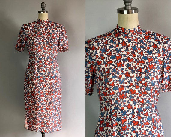 Vintage 1940s Dress | 40s Novelty Print White Rayon Cheongsam Qipao Dress with Red and Blue Shamrock Leaves Pattern | Extra Small XS