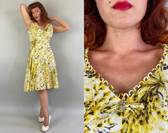 1940s Build Me Up Buttercup Dress | Vintage 40s Yellow White and Black Floral Cotton Day Frock with Pocket & Rhinestone Bow | Extra Large XL