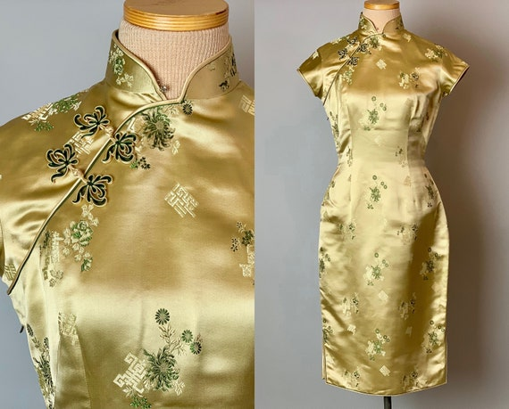 1950s Chrysanthemums Cheongsam | Vintage 50s Golden Yellow Silk Satin Qipao Dress Chinese w/ Emerald Green Flowers & Roses  | Extra Small XS