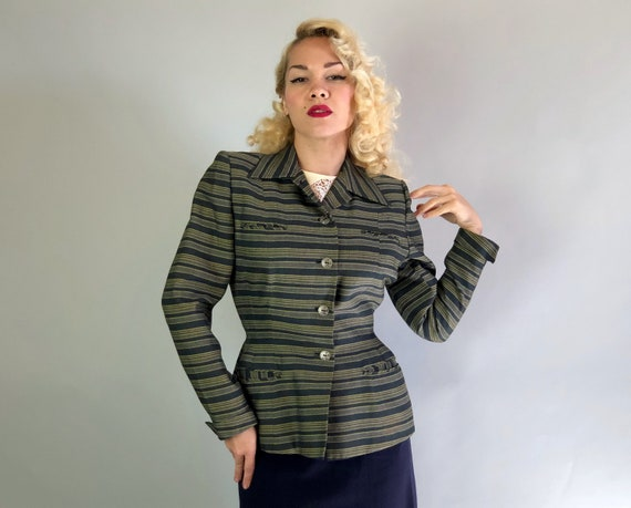 Vintage 1940s Womens Blazer | 40s Nipped Waist Jacket w/Horizontal Stripes in Shades of Grey Gray & Palest Yellow and Upturned Cuffs | Small