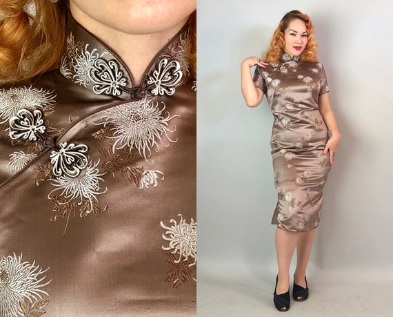 1950s Flirty Floral Cheongsam | Vintage 50s Taupe Silk Floral Brocade Qipao Traditional Asian Evening Dress w/Quilled Frog Closures | Small