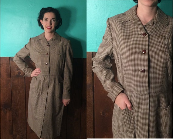 """Vintage 1950s Coat Dress   50s Brown & White Houndstooth Gingham Checked Wool Dress with Great Pockets by """"Gene Shelly""""   Medium / Large"""