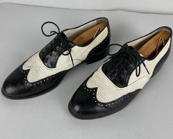 "1950s ""Florsheim"" Spectator Shoes | Vintage 50s Black Leather Wingtip Oxford Summer Shoes w/White Ventilation Perforation | Size 10.5"